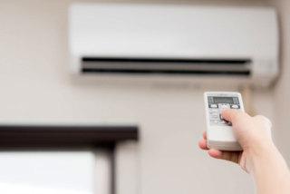 梅雨の湿度が高い時のエアコンの設定は?使用電力と効果を発表します!