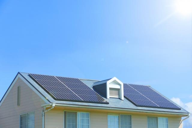 太陽光発電は得?損?売電金額から考えた
