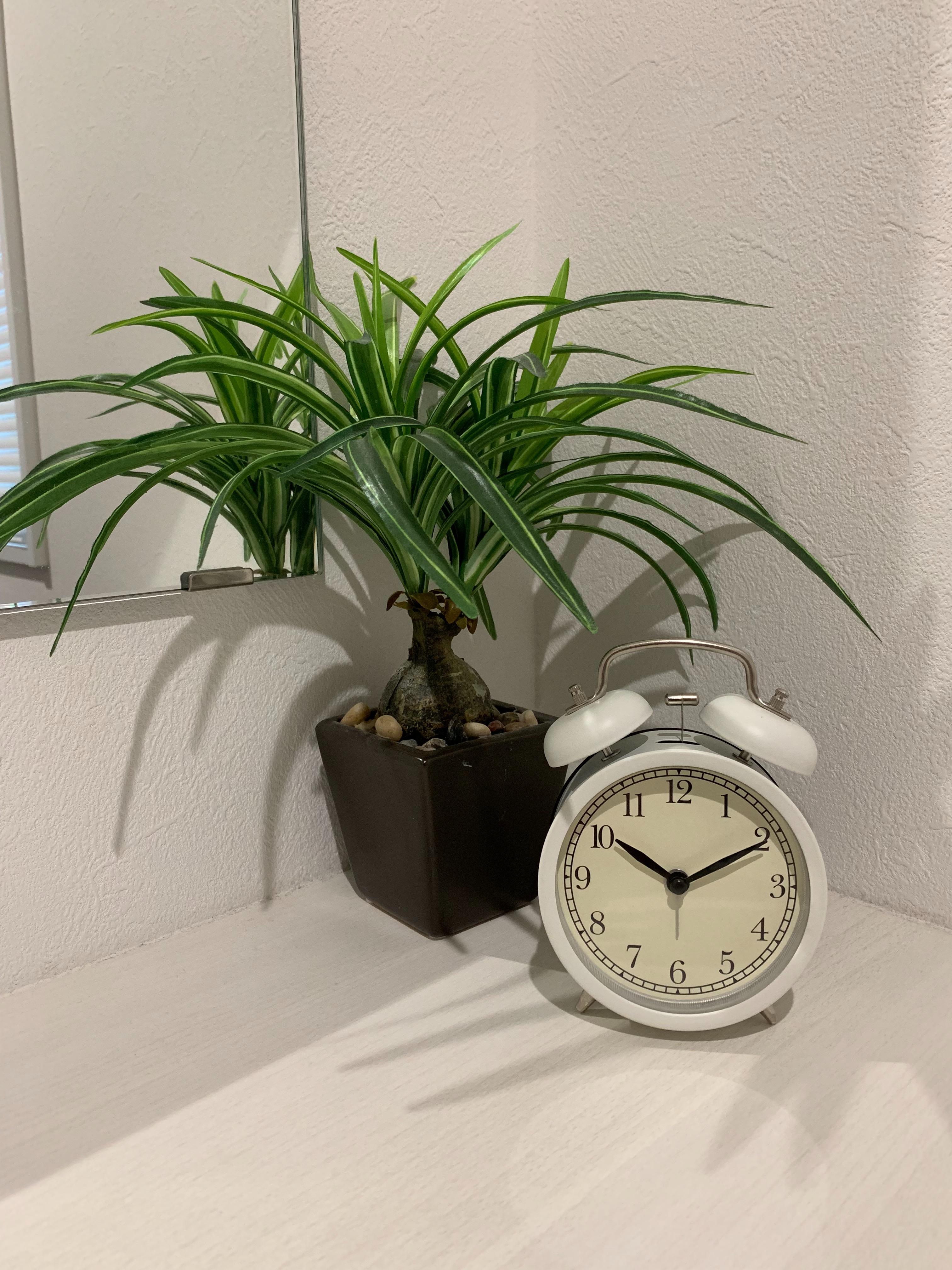IKEAの置時計 「DEKAD」を洗面室に置いてみた